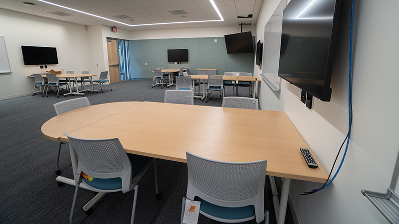 Classroom and meeting space at the Marine Studies Building.