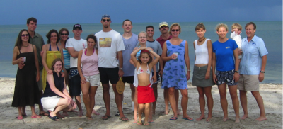 Sponaugle Lab alumni on beach
